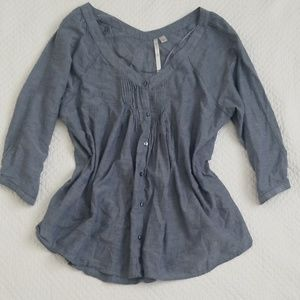 Lauren Conrad Top Chambray Pintuck 3/4 sleeves
